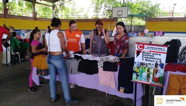 En la Feria Empresarial fueron expuestas las unidades productivas beneficiadas con el proyecto Esperanza Sin Fronteras